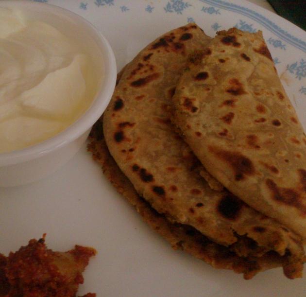 Bhujiya Paratha (Spicy Flatbread)