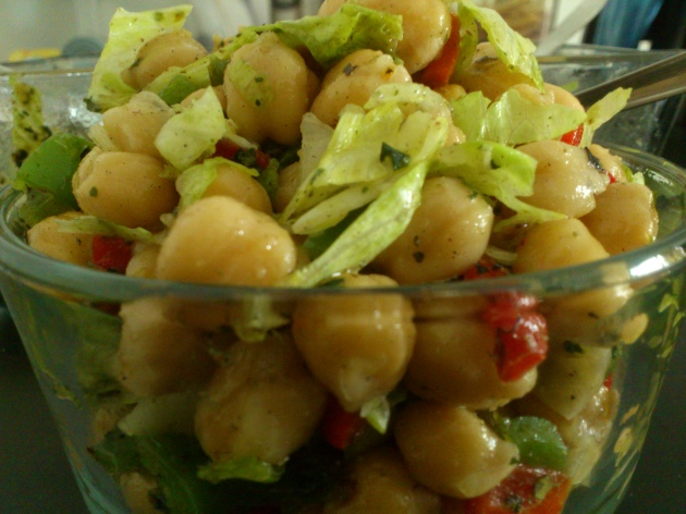 Grilled Bell Peppers and Chick Peas Salad