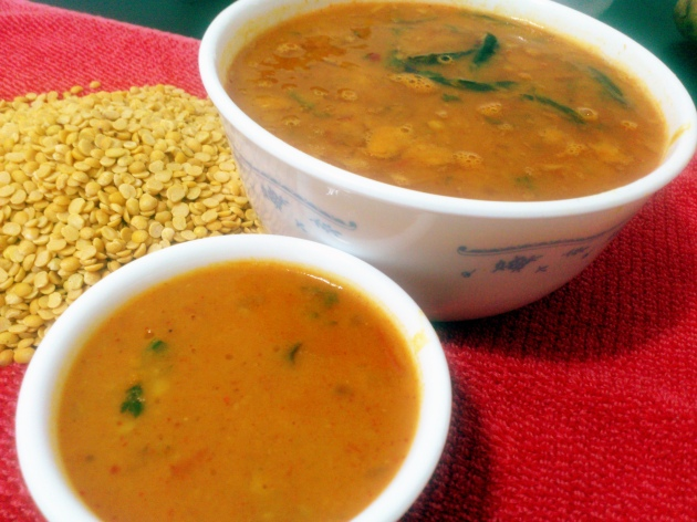 Tomato Garlic Dal (Lentils cooked with Tomatoes and Garlic)