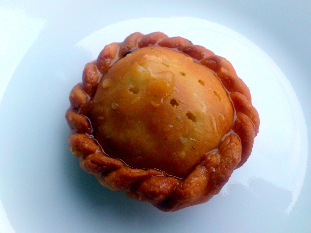 Chandrakala (Sweet filled with Khoa and nuts)