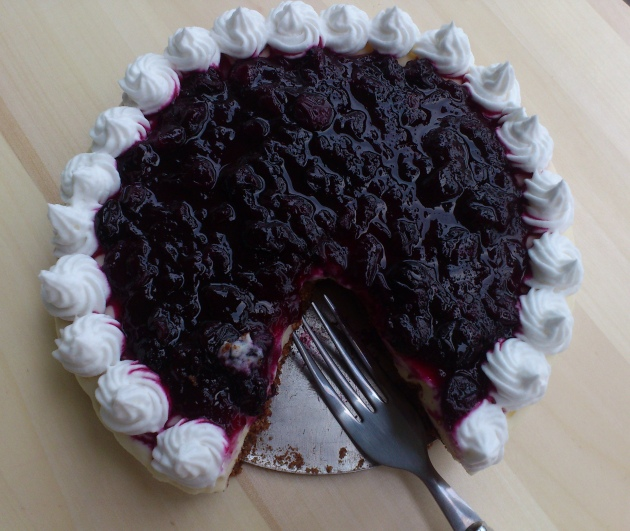 Eggless Blueberry Cheesecake