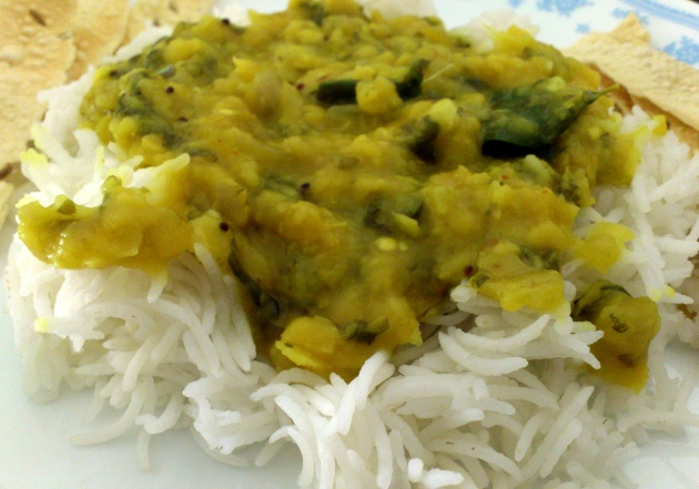 Palakoora Pappu (Spicy Yellow Lentils with Spinach)